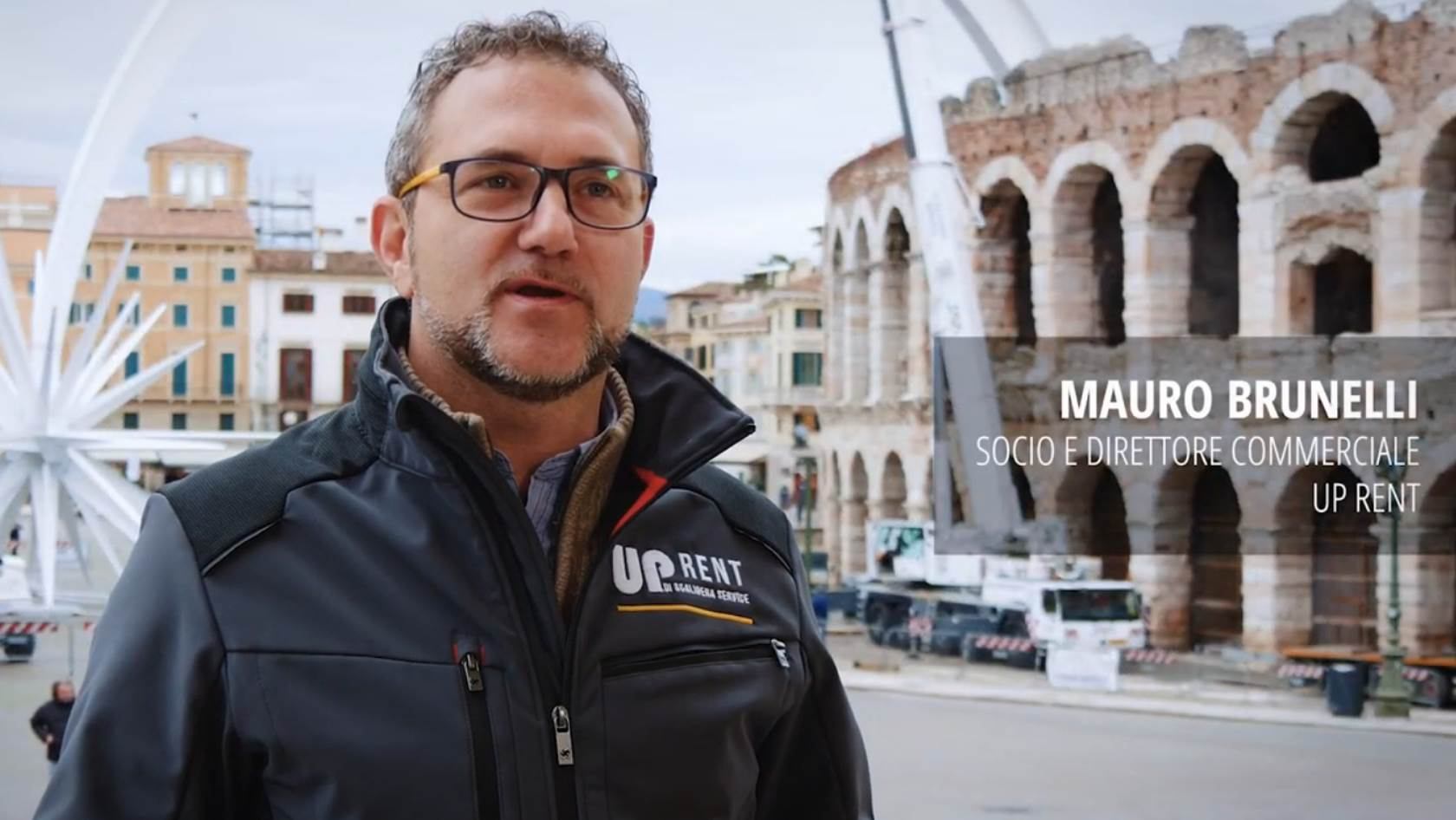 UpRent <br>Installation of the Christmas Star Arena di Verona