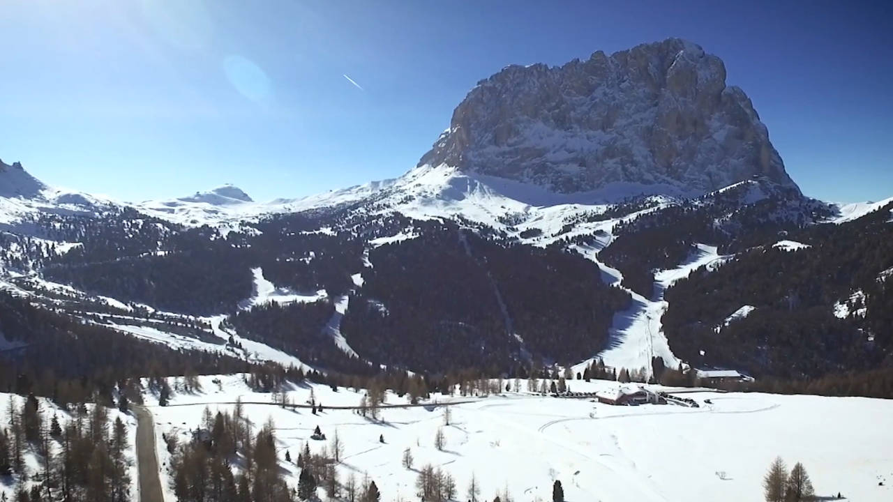 Val Gardena woodcarving, shaping our tradition - comunicazione emozionale di marketing